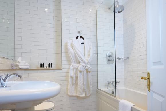 Junior Suite Bathroom at The Bonham